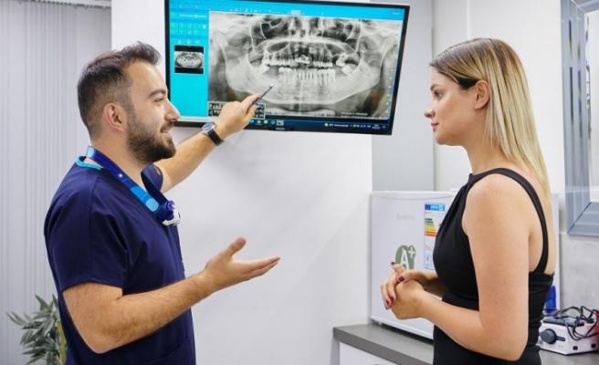 Türkiye, implant ve zirkonyum tedavisinde gurbetçilerin gözdesi