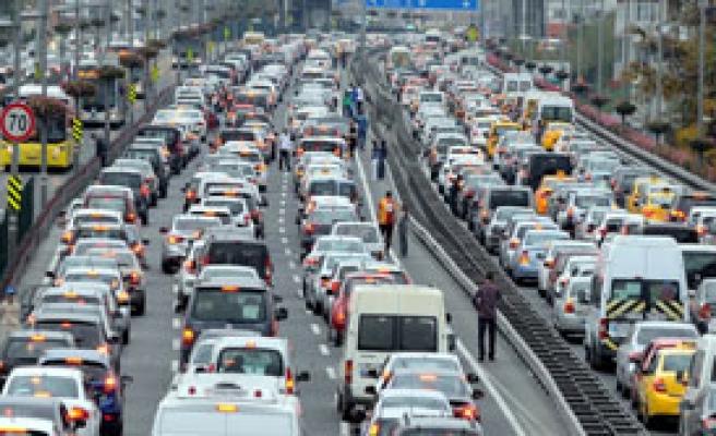 Şubat'ta Kaç Otomobil Satıldı?