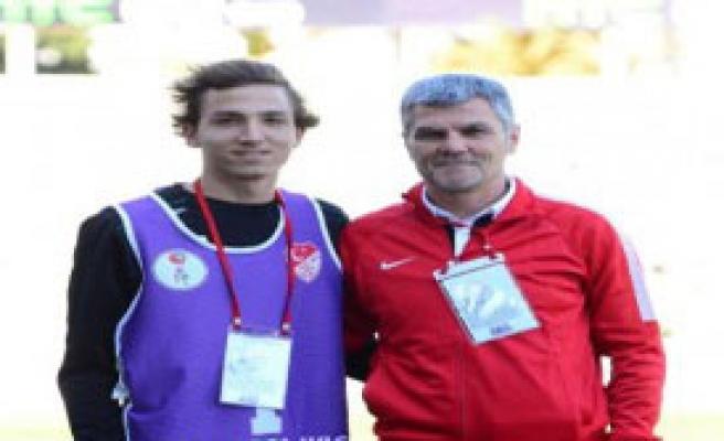 Denizlispor'da Ali Yalçın'a Oğlundan Moral