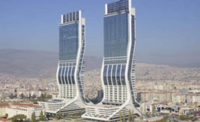 Folkart Towers Bir Saat Kararacak