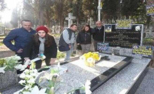 'Ordinaryüs' Mezarı Başında Anıldı