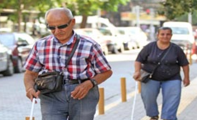 Karşıyaka'da Engeller Kalkıyor!