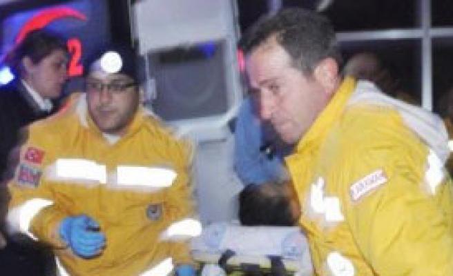 2 Kardeş Bıçak ve Sopalı Saldırıda Yaralandı