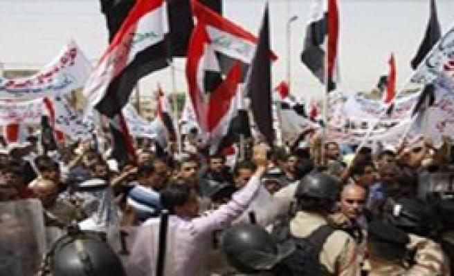 Türkiye'den Irak'a Bayrak Tepkisi
