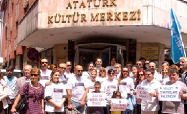 Zonguldaklı Tiyatroculardan Protesto