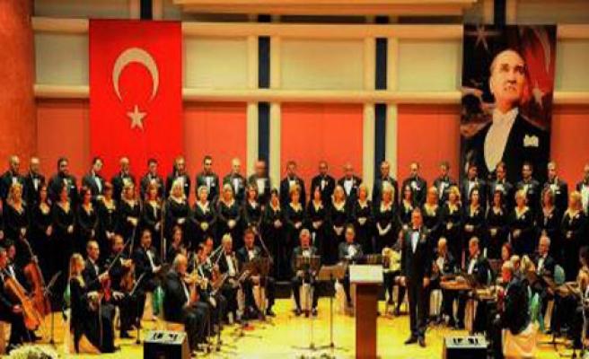 İzmir Devlet Korosu 30 Yaşında