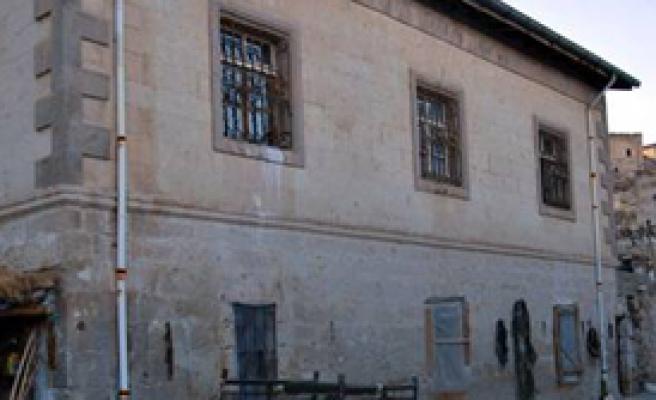 'Kanserli Köy'e TOKİ'den Konut