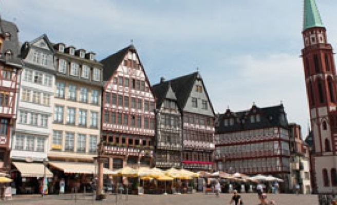 Duisburg'da Öğrenciler İçin Yardım Gecesi