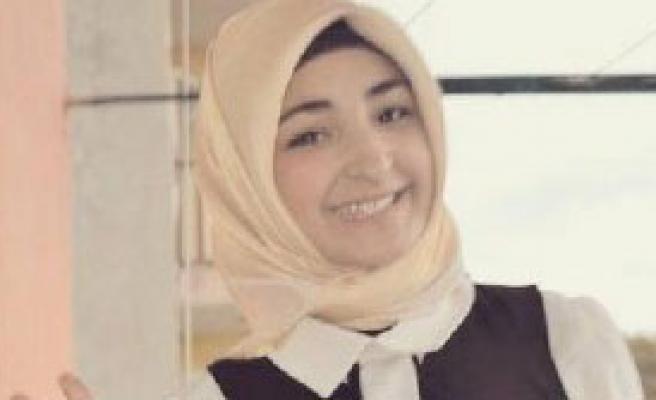 Otomobilin Çarpıp Kaçtığı 17 Yaşındaki Kız Öldü