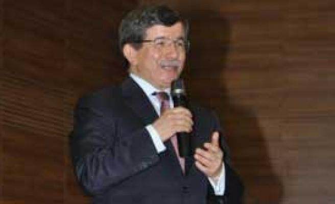 Bakan Davutoğlu'ndan Açıklama