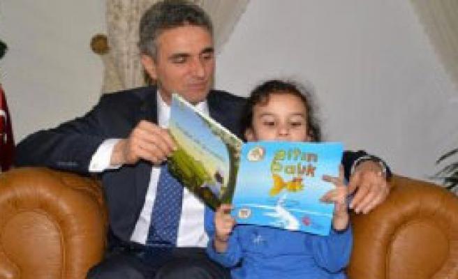Çocuklar Hikaye Kitabı Yazdı