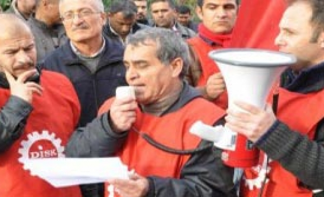 Madenciler Günü'nde Soma'da Yürüyüş
