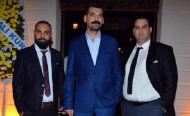 Nevizade İzmir'de