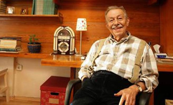 Duayen Yazar Hayatını Kaybetti