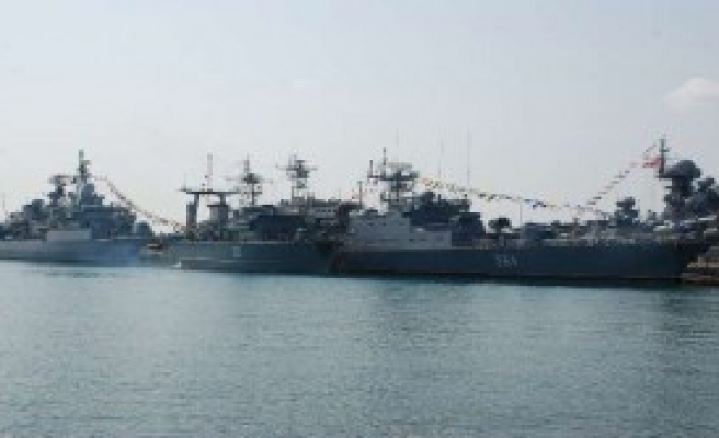 Savaş Gemileri Sinop'ta