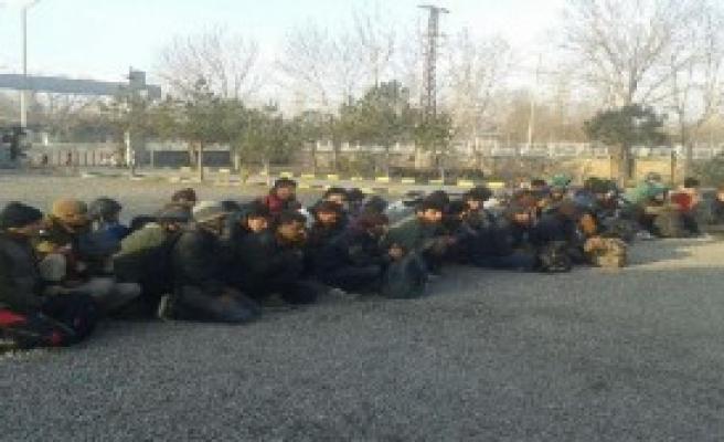 50 Kaçak Iğdır'da Yakalandı