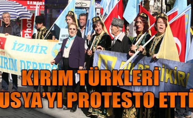 İzmir'de Rusya'yı Protesto Ettiler