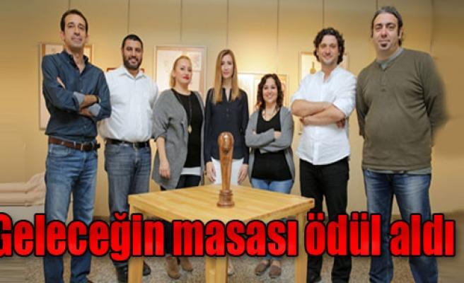 Büyük Ödül Yaşar Üniversitesi'ne