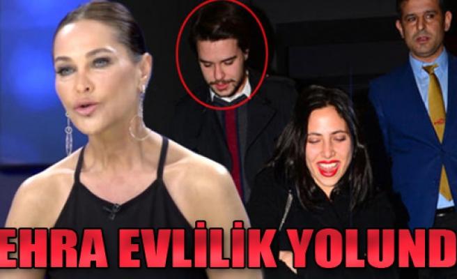 Hülya Avşar'ın Kızı Zehra Evlilik Yolunda! Aileler Tanıştı