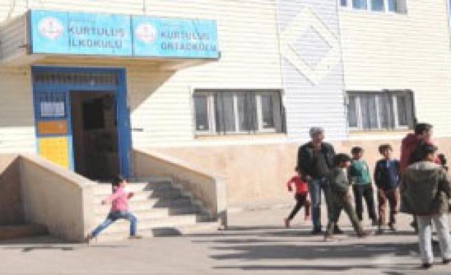Yasak Sonrası Şırnak'ta İlk Teog Sınavı