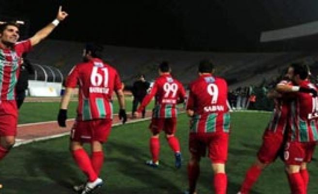 Karşıyaka'da Transfer Zirvesi