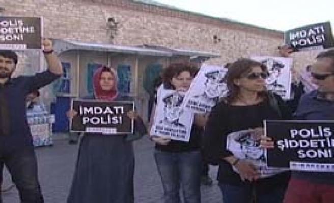 Beyoğlu'nda 'Polis Şiddetine Son' Eylemi