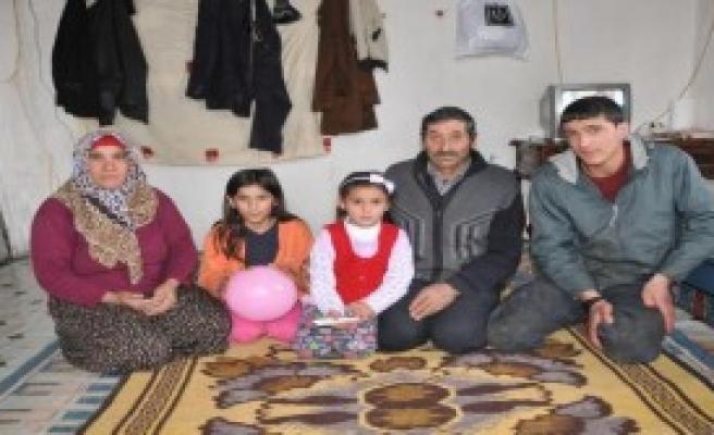 6 Kişilik Aile, Kent Ortasında Sefaleti Yaşıyor