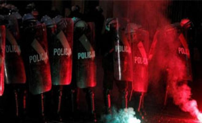 Polonya'da Olaylı Gece
