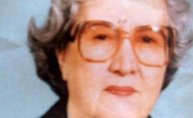 Aysal'ın Annesi Antalya'da Toprağa Verildi