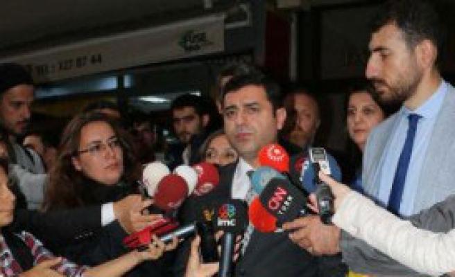 Hdp'li Vekillerden Ahmet Hakan'ı Ziyaret