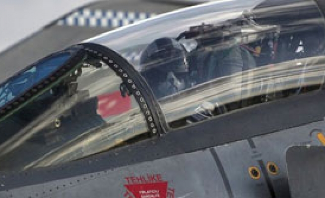 110 Pilot TSK'dan İstifa Etti