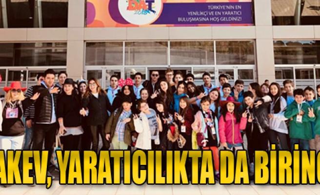 TAKEV Öğrencileri Yaratıcılıkta 5 Ayrı Kategoride Türkiye Birincisi