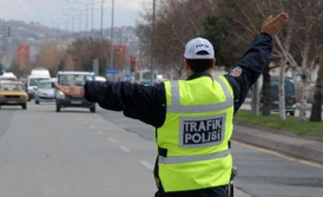 Trafik Polisini Isıran Sarhoş Sürücüye 11,5 Yıl Hapis İstendi