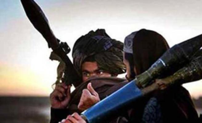 Yemen'deki İntihar Saldırısını El Kaide Üstlendi