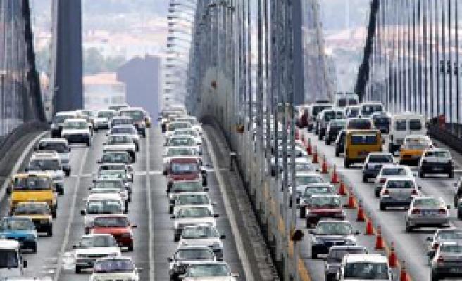 İstanbullular Yarın Mecbur Kalmadıkça Dışarı Çıkmayın