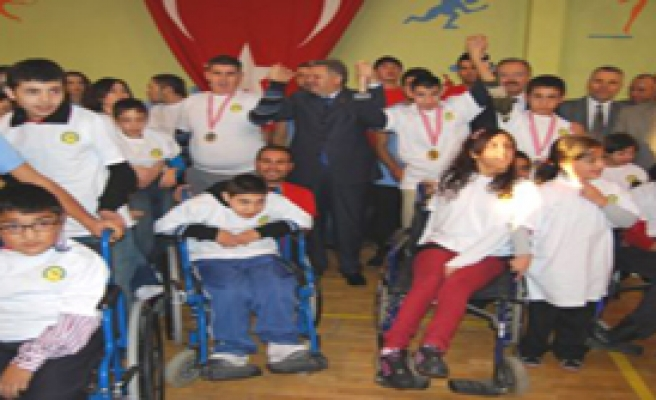 Başkentliler, Engelliler Spor Şöleni'ni Kutladı
