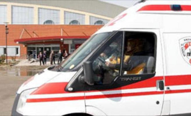 Ambulans Şoförlerine İleri Sürüş Eğitimi