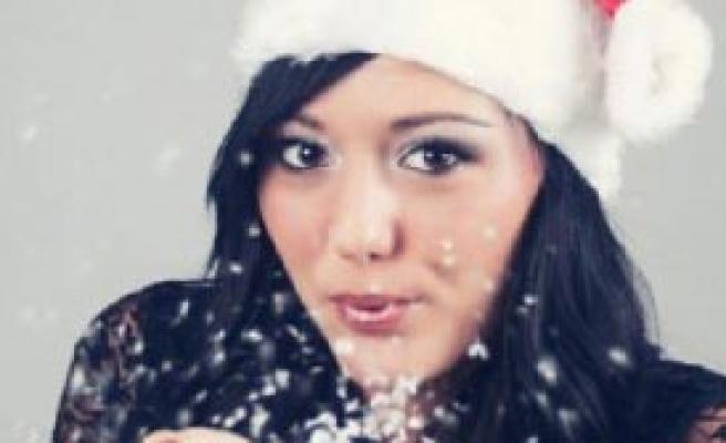 'Noel 2014 Güzeli' Oylaması Sürüyor