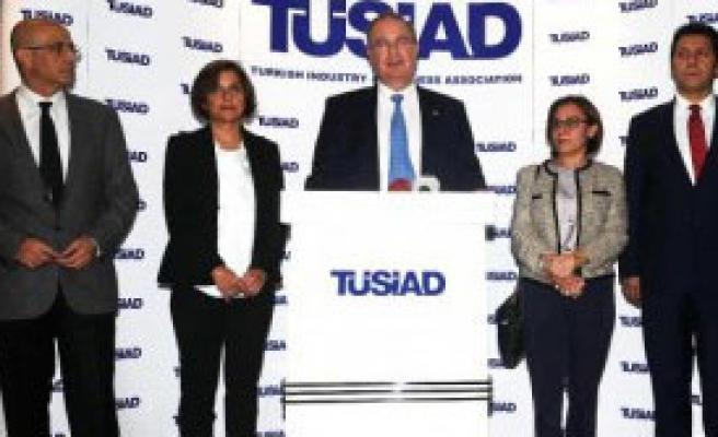 CHP Heyeti Tüsiad'ı Ziyaret Etti
