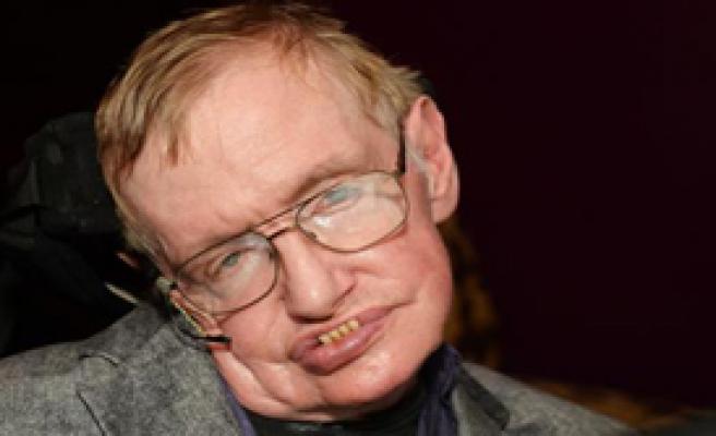 Hawking: En Büyük Tehdit Uzaylılar...