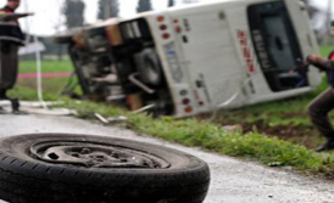 Orhangazi'de Trafik Kazası: 10 yaralı
