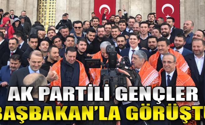 AK Partili Gençler Başbakan'la Görüştü