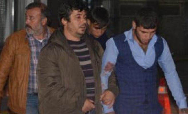 Yanlışlıkla Suriyeli Genci Bıçakladılar