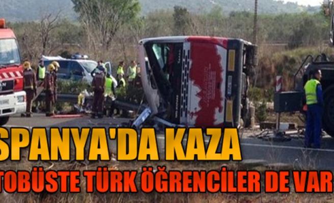 Öğrencileri Taşıyan Otobüs Kaza Yaptı