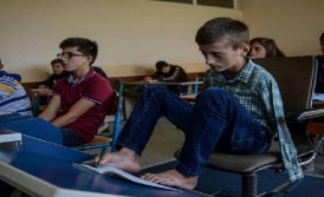 Engelli Öğrenci Okulun En Başarılısı