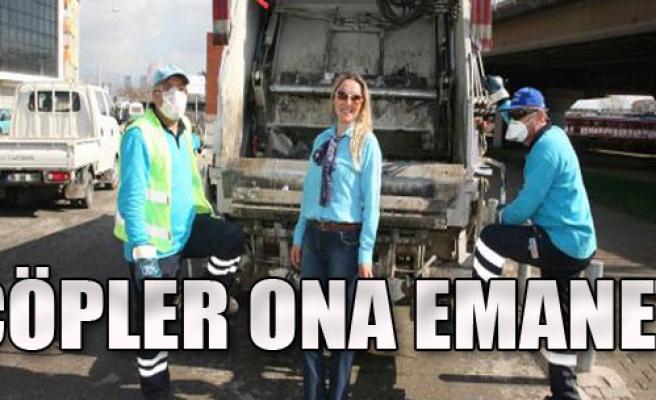 Konak'ta Çöpler Ona Emanet
