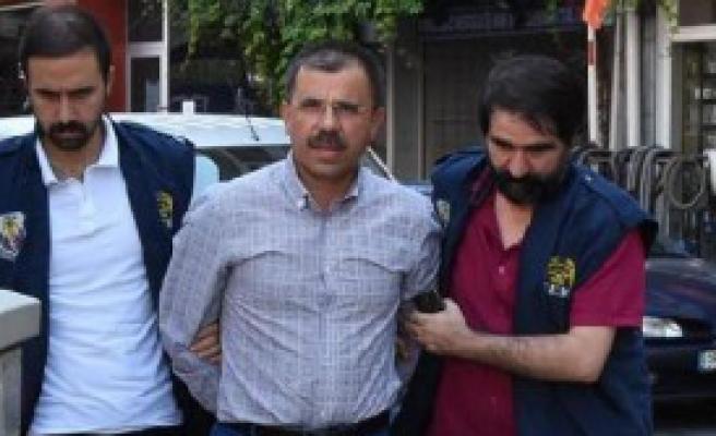 İzmir'de 13 Hakim ve Savcıya Gözaltı