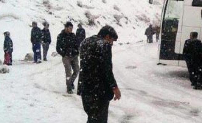 Muş'ta Faciayı Bariyeler Önledi