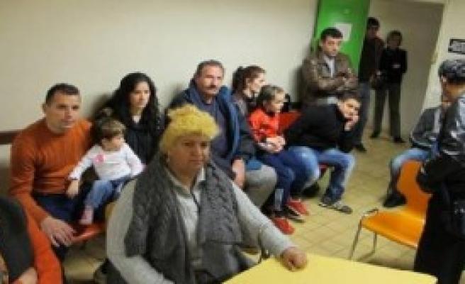 9 Ayda 14 Bin Kişi Kosova'yı Terk Etti