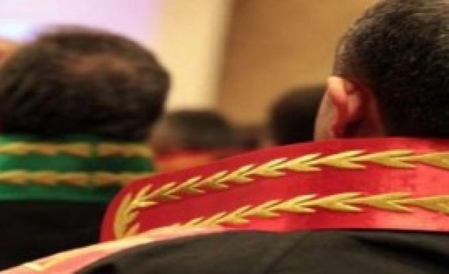115 Hakim ve Savcı Görevden Alındı!